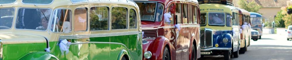 Cortege mariage en cars anciens