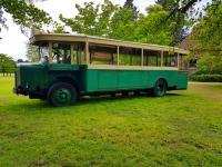 Le bus renault tn6 sans ses plaques publicitaires