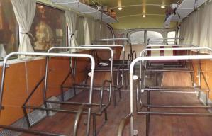 Les supports des sièges sont en place.