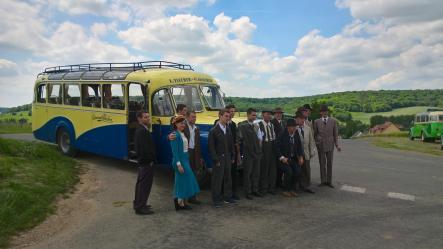 Tournage d un film avec l autocar saurer en normandie